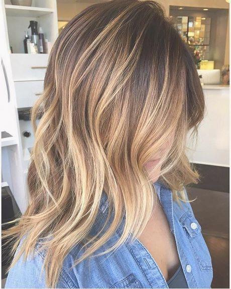 Haarfarbe von blond auf braun