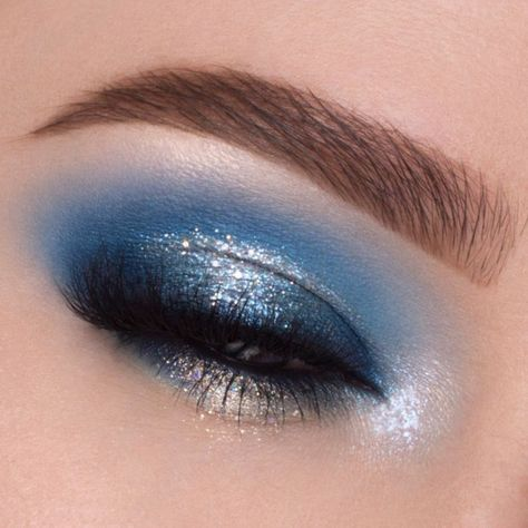 Let It Snow - 25 Dazzling New Year's Eve Makeup Ideas - Photos