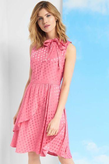 Kleid mit Punkten  Kleid punkte, Kleider, Modestil