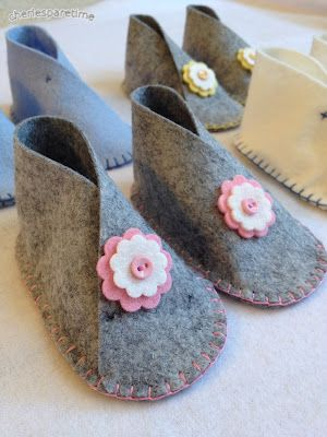 Wool Felt Baby Shoes, these are going to be @ our SV holiday boutique, can't wait to but for baby W!!