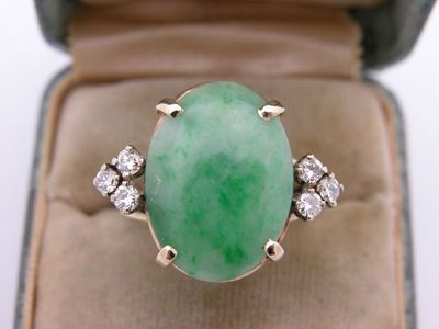 ESTATE ART DECO NATURAL APPLE EMERALD GREEN JADE DIAMOND RING COCKTAIL 14K GOLD