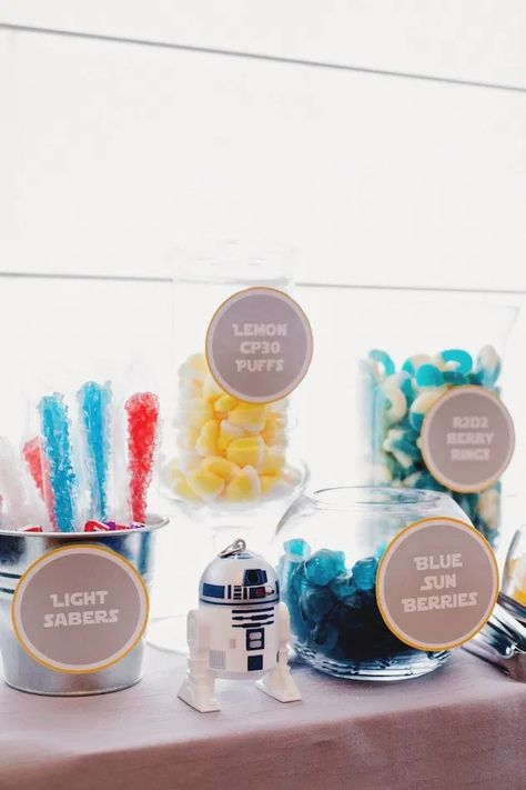 13 Chic Star Wars-Themed Wedding Ideas