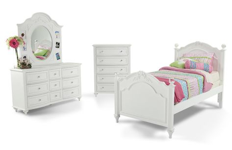 My Madelyn Collection Is The Perfect Youth Bedroom Set For Your Girly Girl Trimmed With Hearts And Flower White Bedroom Set Furniture Furniture Bedroom Sets
