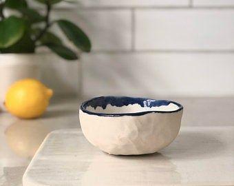 Green Decorativ Ceramic Bowl Handmade Bowl Pottery Bowl Jewellery Holder In 2020 Jewelry Holder Handmade Bowl Pottery Bowls