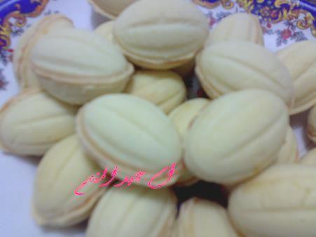 الجوزيه بسكويت عين الجمل وصلت بالصور وووااااووو لذييييييذه من مطبخي حيااااكم Arabic Dessert Arabic Sweets Cake Desserts