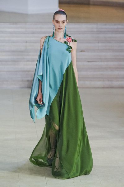 Alexis Mabille Spring 2011 Runway Pictures