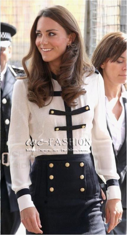 Princess Kate Middleton Models Retro Navy Wind Long With Sleeved