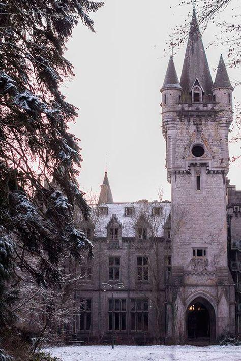 9 fascinantes mansiones alrededor del mundo que se encuentran completamente…