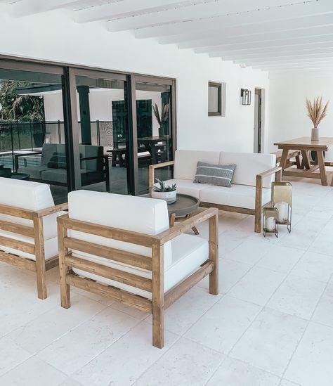 Wood Patio Furniture, Outside Furniture, Diy Garden Furniture, Modern Outdoor Furniture, Diy Exterior Furniture, Farmhouse Outdoor Furniture, Building Furniture, Modern Patio, Coaster Furniture
