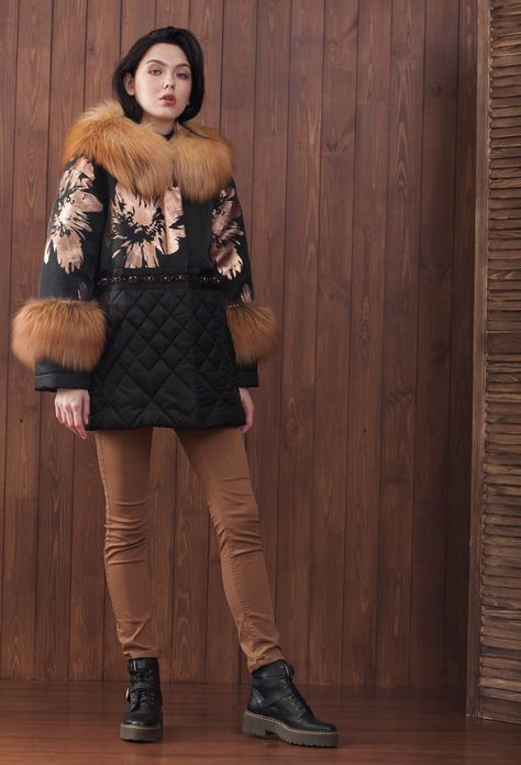 Зимняя куртка с рыжей лисой и вышивкой в Tango, фото и цены