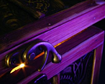 Keda Alcohol Dye Colors Wood Stain Dyes That Creates Vibrant Wood Coloring In 2020 With Images Staining Wood Purple Wood Stain Stain Colors