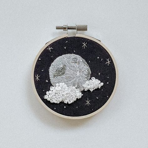 Full Moon Embroidery Kit