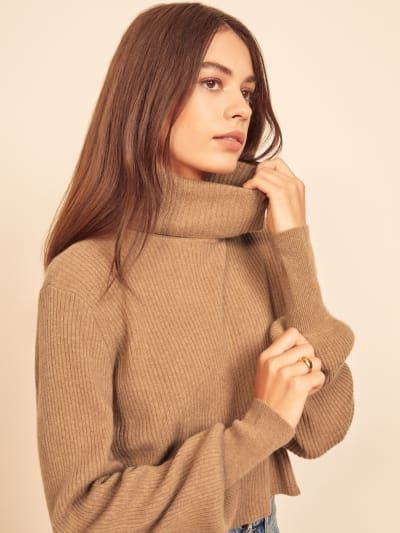 Check out the Luisa Cropped Cashmere Sweater from