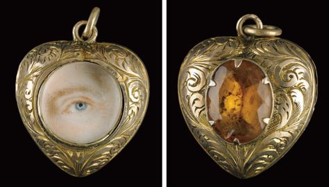 Yellow gold engraved heart-shaped locket pendant, backed by blue topaz. Collection of Dr. and Mrs. David Skier. #lookoflove #eyeminiatures #loverseye