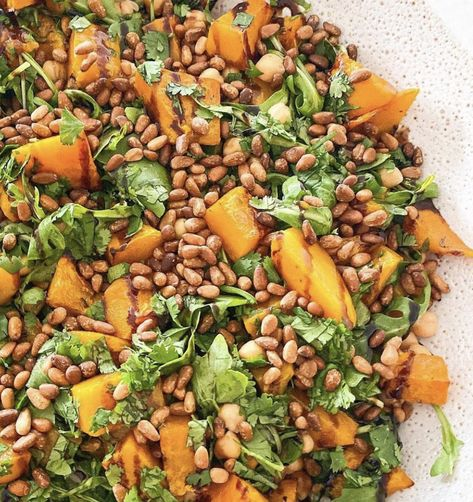 If you're looking for a quick Christmas Day salad for lunch then this ROASTED PUMPKIN, CHICKPEA & PINENUT SALAD is a lifesaver! It's incredibly simple to make and is bursting with fresh flavours!