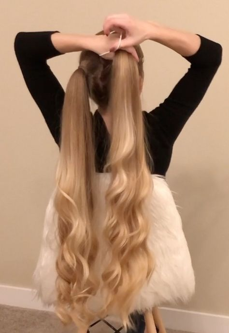 VIDEO - Alena's long, healthy curls - VIDEO – Alena's long, healthy curls videos diy lovely hairstyle hairdo braid gorgeous - Playing With Hair, Super Long Hair, Beautiful Long Hair, Grunge Hair, Curled Hairstyles, Wedding Hairstyles, Formal Hairstyles, Hair Looks, Her Hair