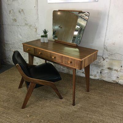 Dressing Table By Neil Morris For Morris Of Glasgow 1950s 6