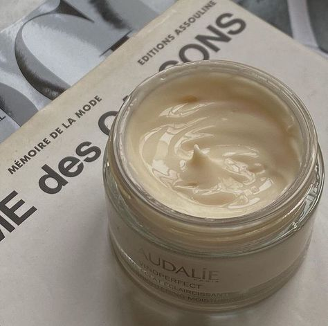 Cream Aesthetic, Brown Aesthetic, Aesthetic Light, Aesthetic Collage, Project Life, Perfume, Tips Belleza, You Are Beautiful, Beautiful Mess