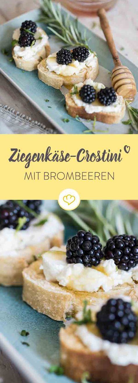 Fruity goat cheese crostini with blackberries and honey-#blackberries #cauliflowerrecipes #cheese #chineserecipes #crostini #fruity #Goat #honey #mexicanrecipes #pizzarecipes #quinoarecipes #southernrecipes #turkeyrecipes #zucchinirecipes- Toped with creamy goat's cream cheese, blackberries and rosemary honey, these crostini are an uncomplicated treat in the evening.