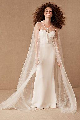 Daughters Of Simone Elie Cape Bridal Cape Wedding Dress Trends Making A Wedding Dress