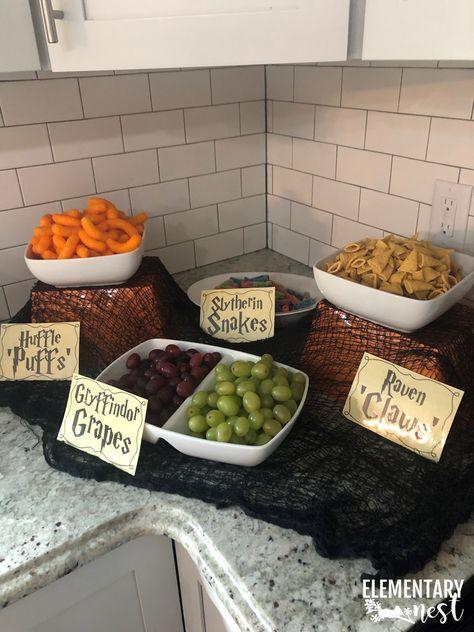 Harry Potter Snacks, Harry Potter Fiesta, Harry Potter Thema, Cumpleaños Harry Potter, Harry Potter Theme Food, Harry Potter Parties, Harry Potter Themed Party, Harry Potter Cosplay, Harry Potter Party Decorations