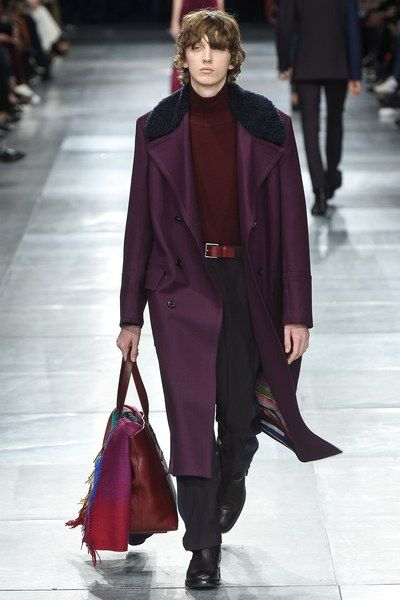 https://www.vogue.com/fashion-shows/fall-2018-menswear/paul-smith/slideshow/collection