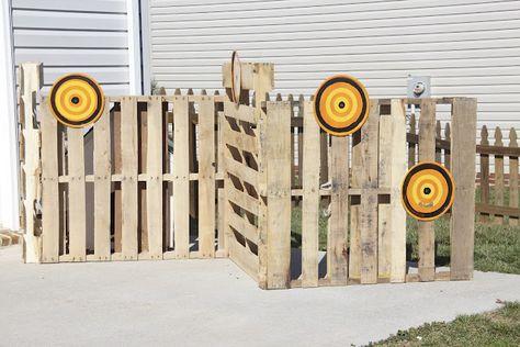 Nerf Gun Wars - use pallets for baracades for boy lockin