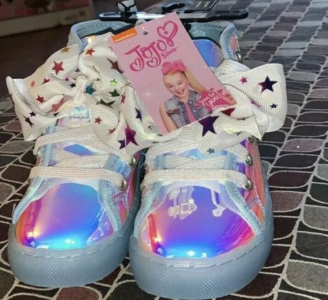 (🏷 Price $25.00 🎀) Jojo Siwa Iridescent Bow Shoes High Tops Size 10