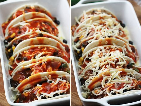 Baked Black Bean Tacos with Red Chile Sauce, they're perfect for a quick, easy, pulled together weeknight dinner or a casual impromptu gathering with family and friends. #tacodinner #baked #thewholeserving #bakedtacos #vegetarian #tacos #quickdinner #weeknight #dinner #blackbeans #redchile #sauce
