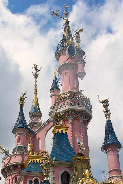 Le Chateau De La Belle Au Bois Dormant Disneyland Paris Disney