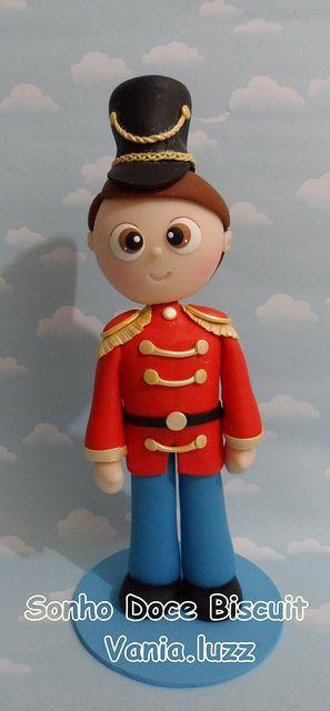 Soldier . Porcelana fria polymer clay pasta francesa masa flexible fimo fondant gum paste pasta goma modelado figurine topper