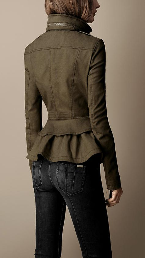 Ok im officially a fan of Burberry coats. LOVE♡♡♡♡ Burberry Heritage Peplum Jacket With Black Skinny Jeans