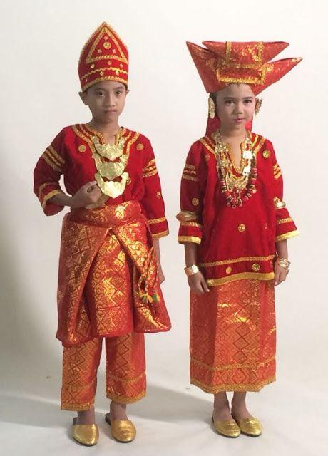 Baju Adat Minahasa