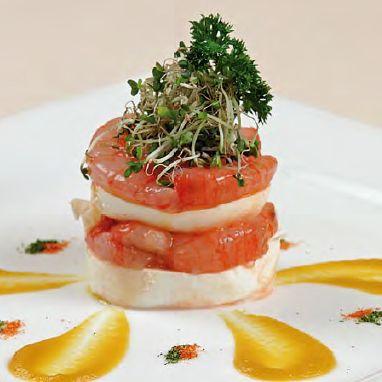 Lasagnes de #Mozzarella di Bufala Campana AOP avec tartare de crevettes et crème de fleurs de courgettes http://www.fromagesditalieaop.com/recette/petites-lasagnes-de-mozzarella-di-bufala-campana-aoc-avec-tartare-de-crevettes-et-creme-de-fleurs-de-courgettes/  #FromagesdItalie @Consorzio Mozzarella Di Bufala
