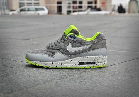 low priced 8b98b 31869 Air Max 1 - Canyon Grey Dusty Grey Volt