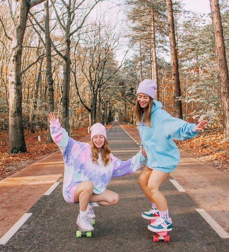 Foto Best Friend, Best Friend Fotos, Skateboard Pictures, Skateboard Girl, Skateboard Tumblr, Penny Skateboard, Skateboard Decks, Best Friends Shoot, Cute Friends