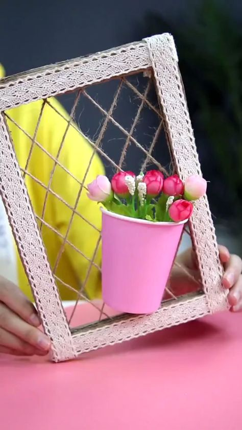 DIY-How to Make a Wall Decor in a Simple Way with Carton and Disposable Paper Cup