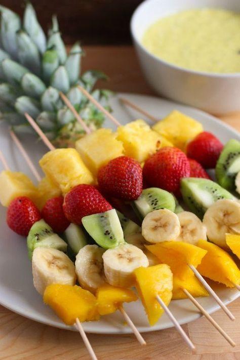 Brochetas De Fruta Con Salsa De Mango Y Yogurt Food Drink