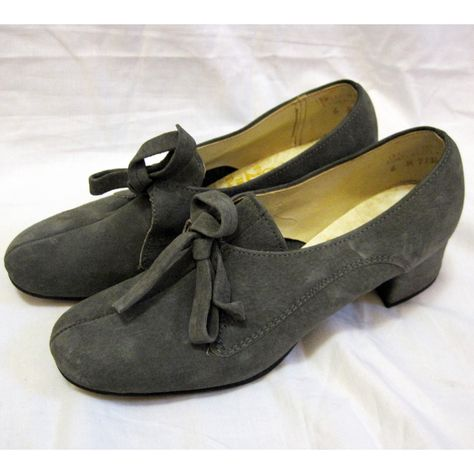 Vintage 1950s Hush Puppies Granite Grey Oxford Shoes 6 5m 49 00 Via Etsy So Cute Why Are They Not In My Size