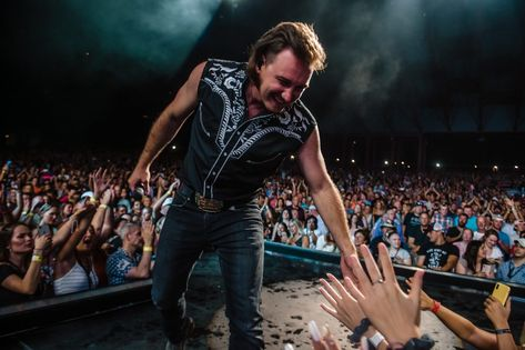 Country singer Morgan Wallen is becoming a force to be reckoned with, and now aims to show off the man underneath the mullet. Country Artists, Country Singers, Country Music, Jake Owen, Chris Young, Country Men, Florida Georgia, Mullets, Young Couples