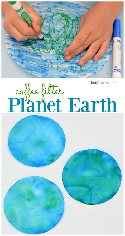 This coffee filter planet Earth craft is a great Earth Day craft for kids. This coffee filter planet Earth craft is a super easy and inexpensive craft to do with kids on Earth Day or while studying the planets. Earth Day Projects, Projects For Kids, Craft Projects, Science Projects, Earth Craft, Earth Day Crafts, Earth Day Activities, Craft Activities, Day Care Activities