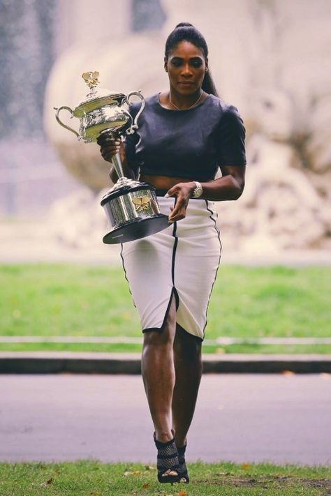 Top quotes by Serena Williams-https://s-media-cache-ak0.pinimg.com/474x/b9/2e/d8/b92ed80d3b077c4753a9c622dc564fda.jpg