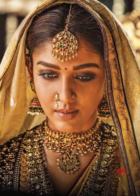 Nayanthara As Siddhamma In Sye Raa Narasimha Reddy HD Poster And Still - Social News XYZ Wishing Gorgeous #Nayanthara a Very Happy Birthday. Here's the elegant look of #Siddhamma from #SyeRaaNarasimhaReddy      #HBDNayanthara #SyeRaa #elegantbridaljewelryrosegold