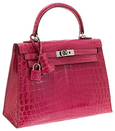 Looking for a great carry-on bag? Then this purse is just for you!