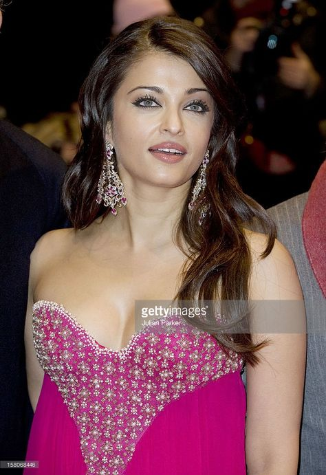 Aishwarya Rai Bachchani Attends The Premiere Of The Film ' The Pink Panther 2 ' As Part Of The 59Th Berlin Film Festival , In Berlin, Germany.