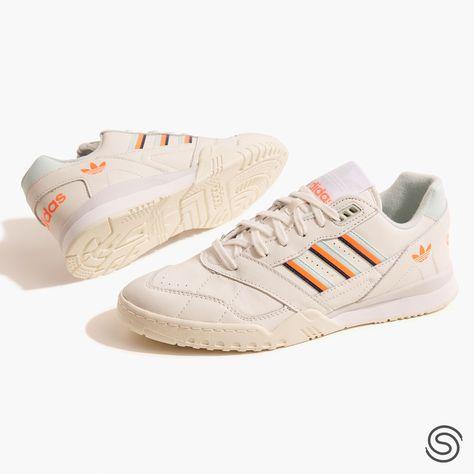 Pin de Laura Barragán en Clothes | Adidas, Zapatos, Tenis