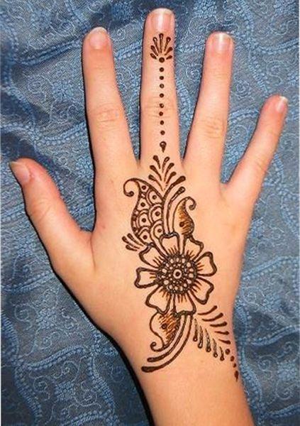 easy back hand mehndi designs for kids