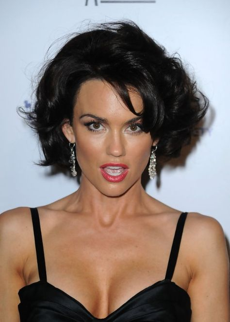 63 Kelly Carlson Sexy Pictures Will Literally Hypnotize