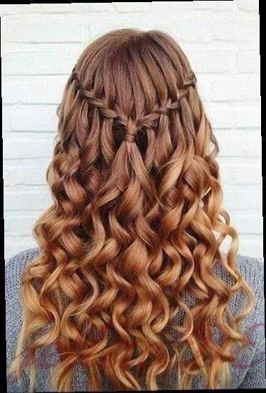Geflochtene Frisuren Mit Locken 2020 Geflochtene Frisuren Locken 5 Frisuren Geflochtene Frisuren Und Lange Haare