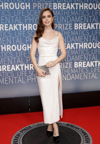 Lily Collins attends the 2019 Breakthrough Prize at NASA Ames Research Center.